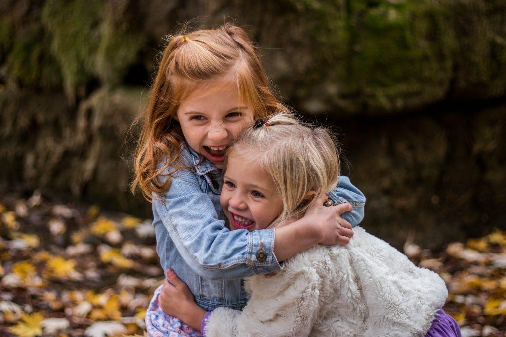 Dosti Special Hai, Happy Friendship Day. दोस्ती है ही ऐसी चीज़ जो जब तक करी ना जाए, समझ नहीं आती। ये लंबी या छोटी नहीं होती, ये बस हो जाती है।
